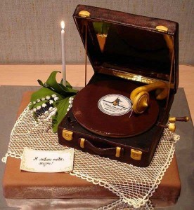 record_player_cake