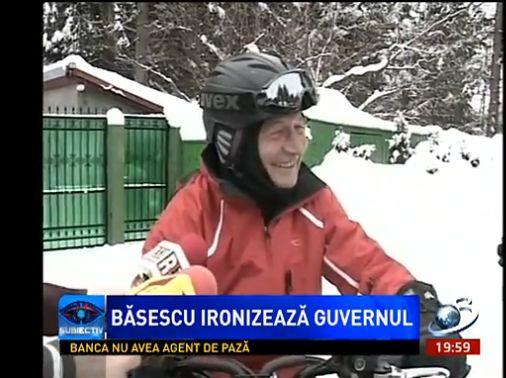 basescu-snowmobil